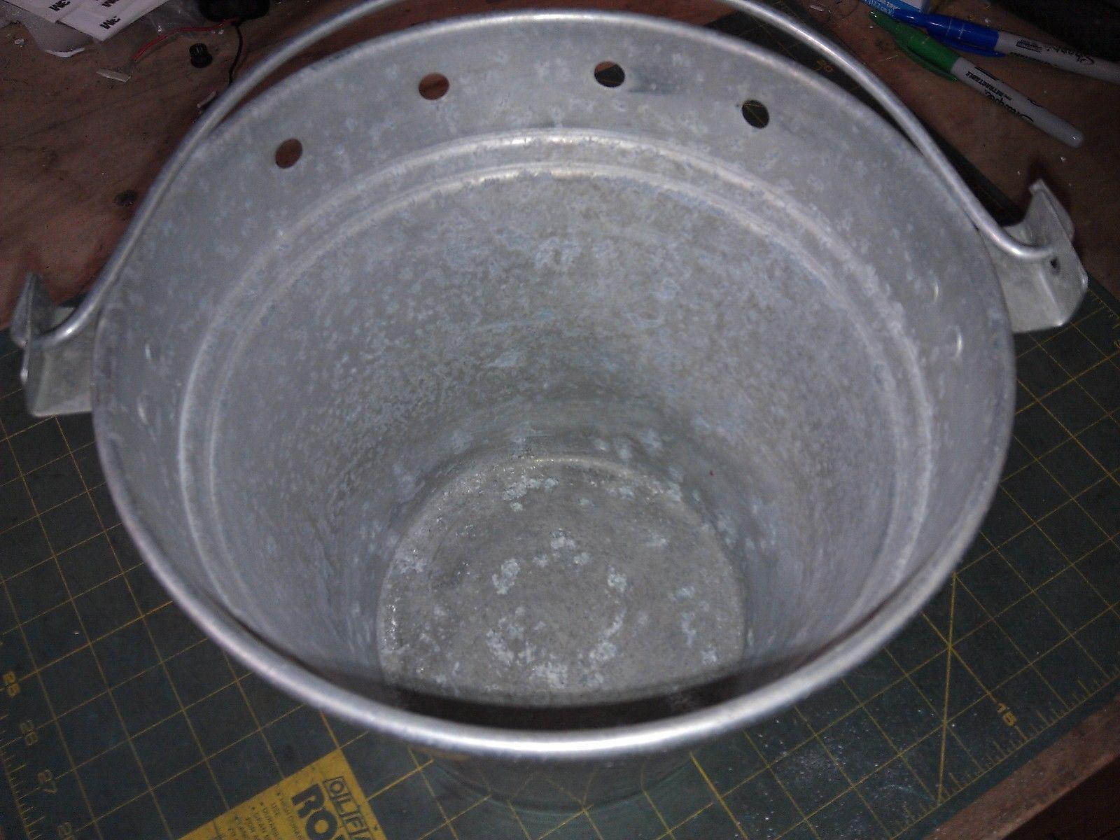 6JJ45 ALUMINUM PAIL, FROM ICE CREAM FREEZER, GOOD CONDITION image 5