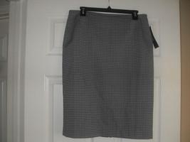 Le Suit New Quebec Womens Grey Straight Pencil  Skirt  Petites    10P - $24.99