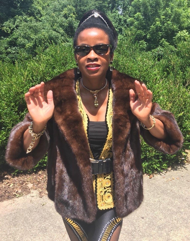 Mint Designer Harper's Sable Brown hue crop Mink Fur Coat Jacket bolero S-M 0-8
