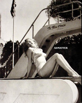 Marilyn Monroe Very Pool Side Pin Up Poster Awesome Photo With Smokin Hot Legs! - $4.99