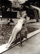 Marilyn Monroe Sexy 2 Sided Pin Up Poster Awesome Photo In Bathing Suit Hot Legs - $4.99