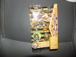 Monster High Creeperific Charms Cleo de Nile & Hissette NEW 2010 - $22.25