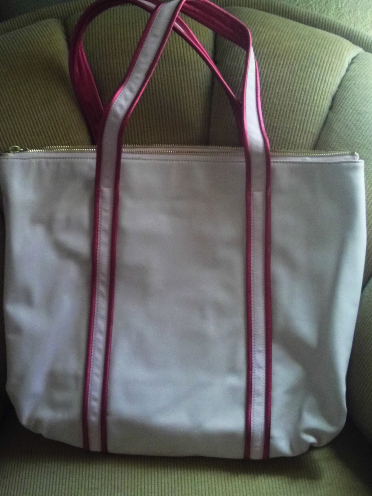 PRE OWNED/COACH POPPY/PINK LEATHER HEART TOTE/LEATHER/14551