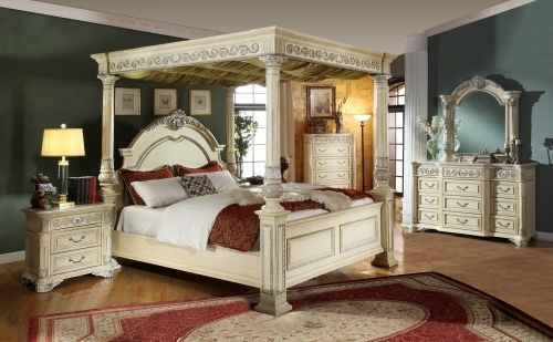 Meridian Sienna Queen Size Post Bedroom Set Traditional Style 2 Night Stands