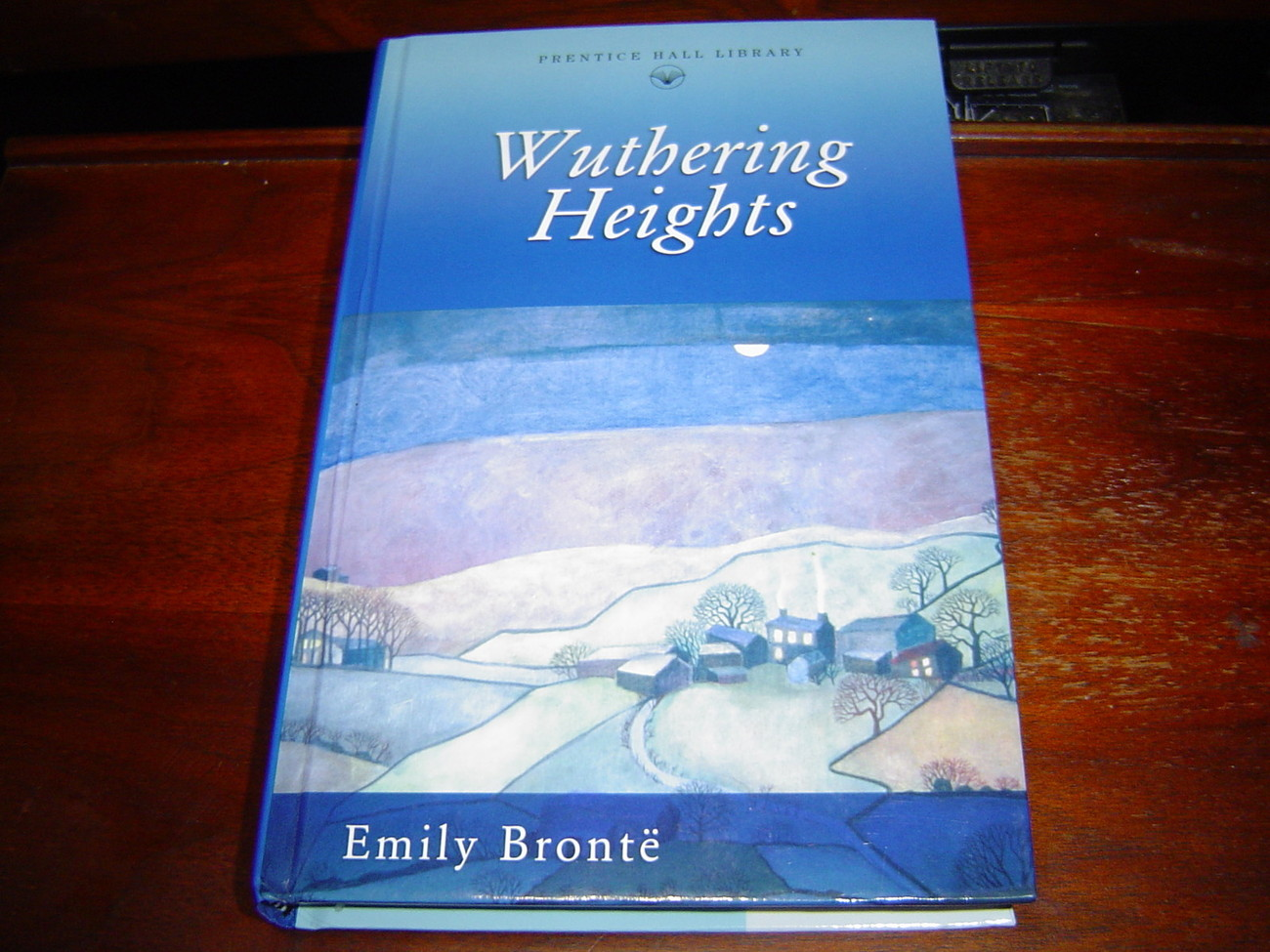 *NEW* WUTHERING HEIGHTS by Emily Bronte HARDCOVER NEW