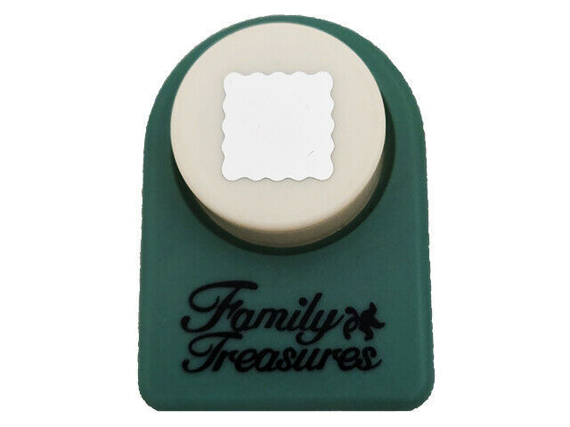 Family Treasures Scalloped Square Punch, 7/16 inch by 7/16 inch