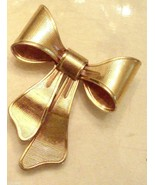 Avon Scatter Pin Special Bouquet Gold Plate Lapel Brooch Flower Holder 1... - $9.89