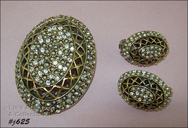 Vintage Har Pin and Matching Clip Back Earrings (Inventory #J625) - $100.00