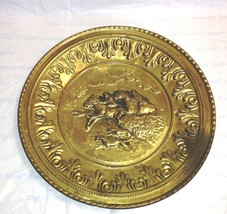 Vintage Gold Tin Wall Plates Made in England -1... - $15.00