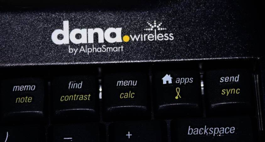 Dana Wireless by AlphaSmart Laptop Alternative & Acc.