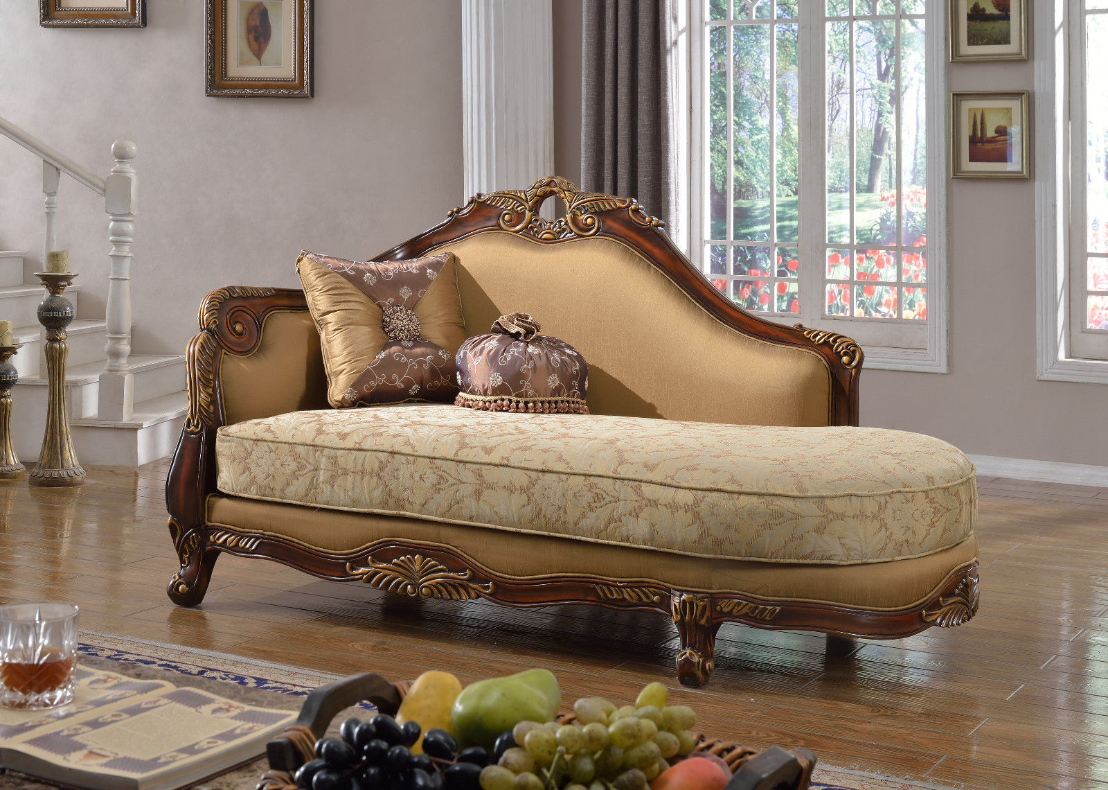 Meridian 623 Loretto Living Room Chaise in Antique Brown Traditional Style