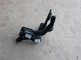2012 2013 KIA OPTIMA LX ACCELERATOR GAS PEDAL ASSEMBLY 32700-3Q110 OEM