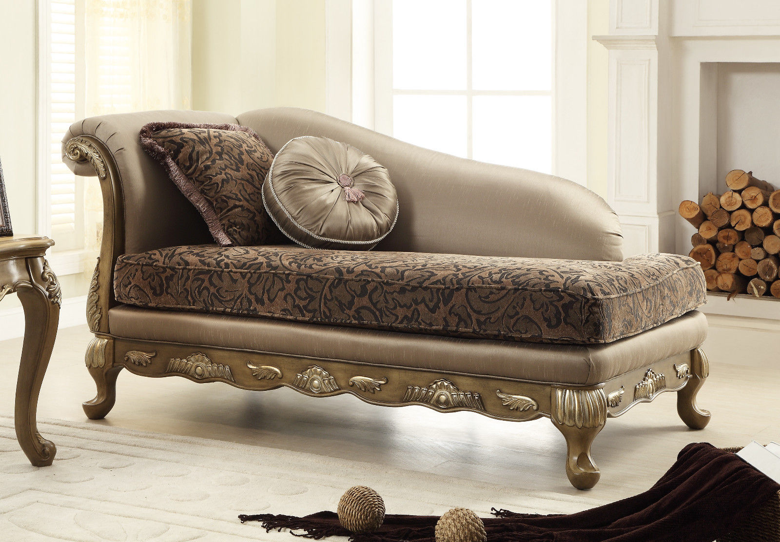 Meridian 606 Palmas Living Room Chaise in Gray Hand Crafted Traditional Style