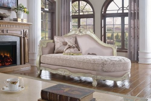 Meridian 621 Positano Living Room Chaise in Antique White Traditional Style