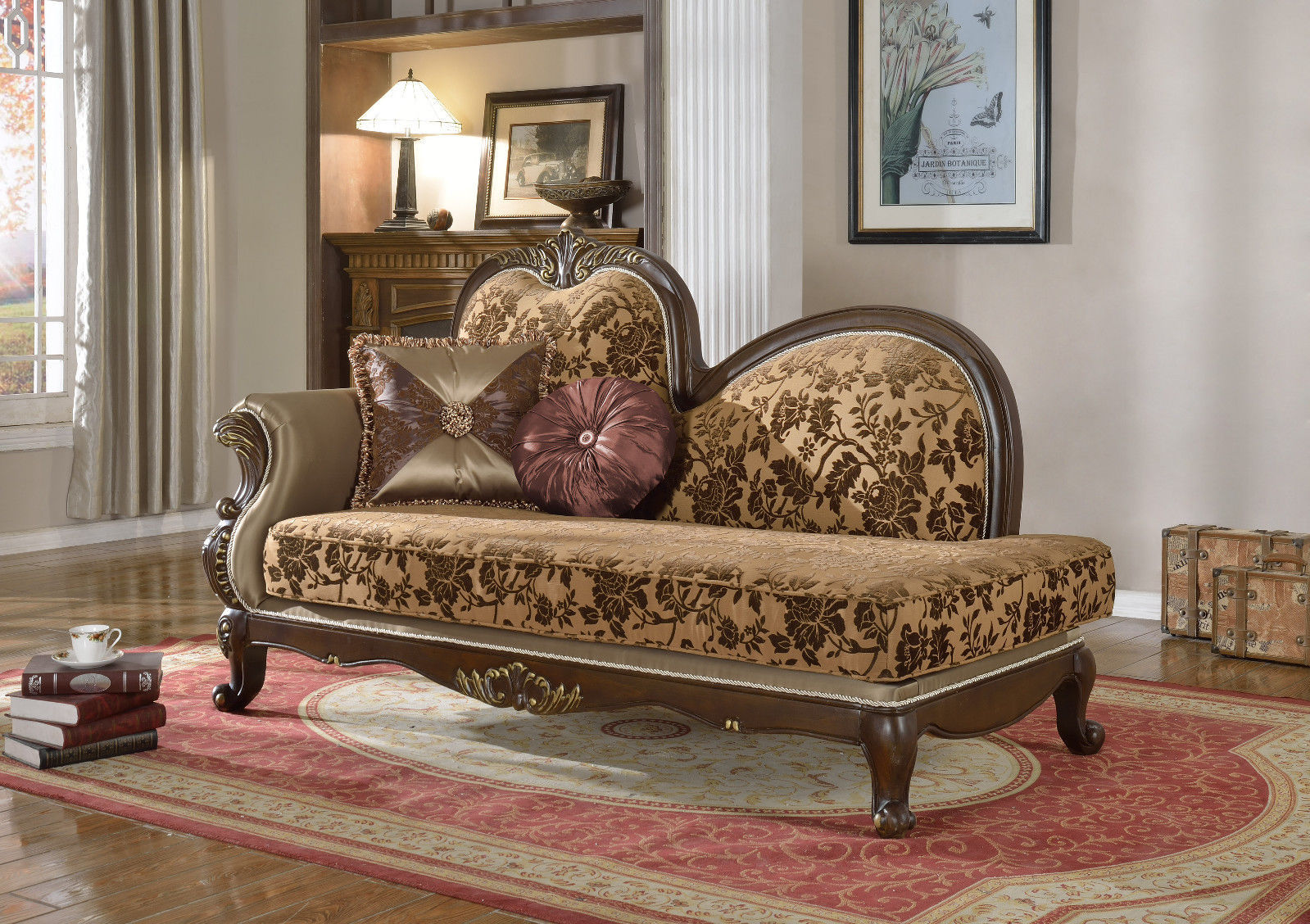 Meridian 610 Catania Living Room Chaise Hand Carved Traditional Style