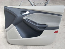 2013 FORD FOCUS RIGHT FRONT DOOR TRIM PANEL