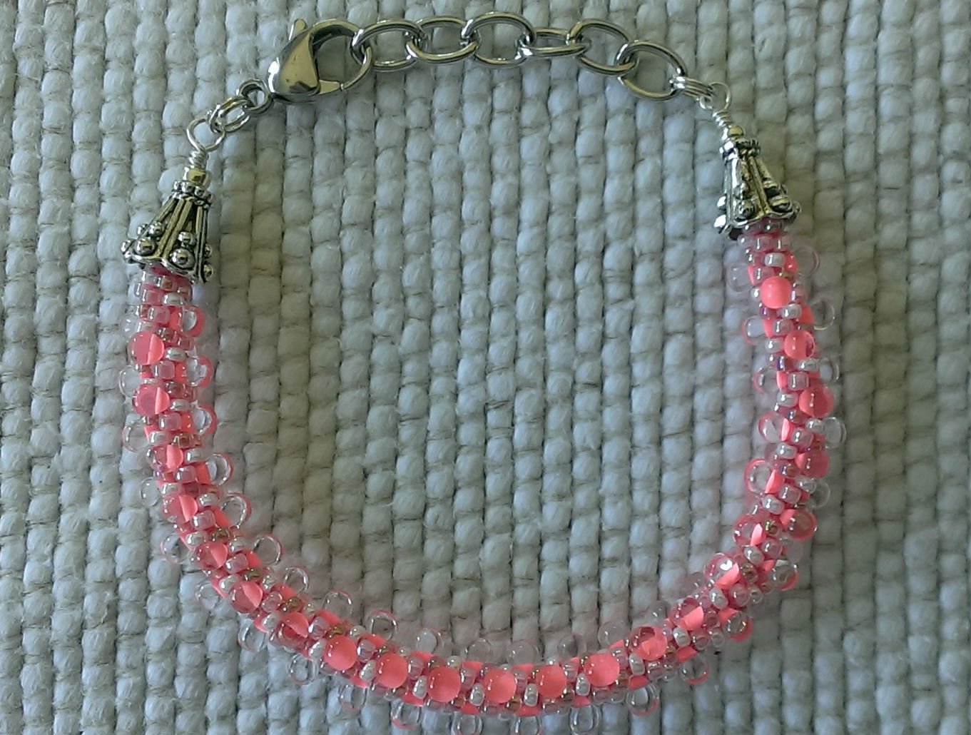 """Bracelet Womens 6 1/3"""" - 7 1/2"""" Bright Pink Seed Beaded clear drops"""
