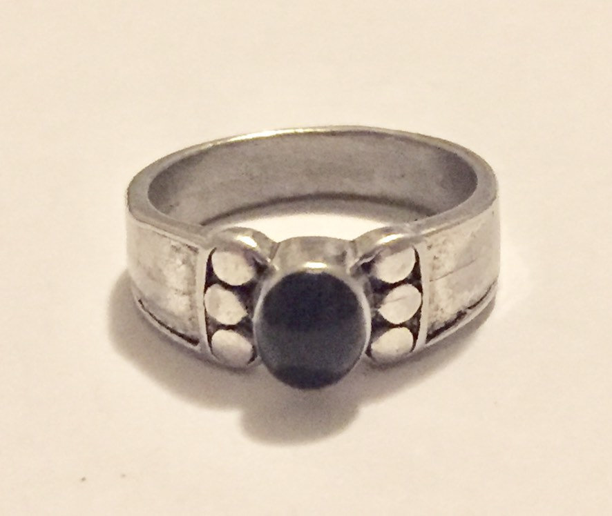Primary image for Vintage 10K white gold black onyx ring - size 7