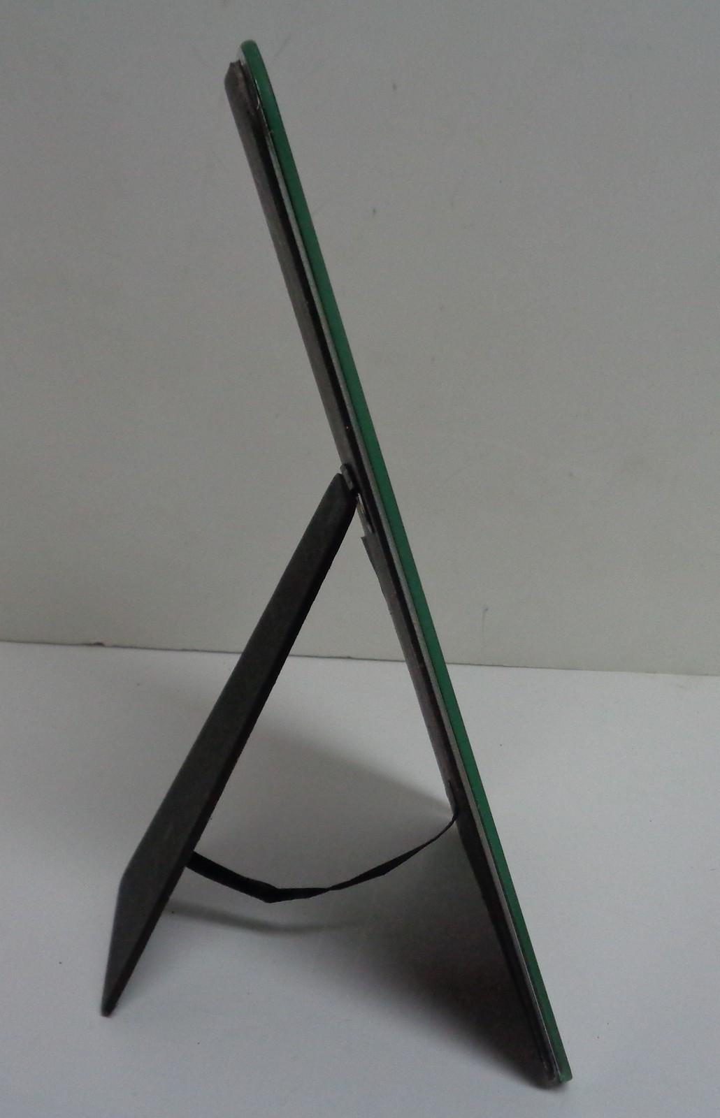 Large Smart Phone Photo Frame 5x7 Photo 10x6 Frame Green Trim NEW