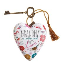 DEMDACO Grandma Art Heart Sculpture - $16.99