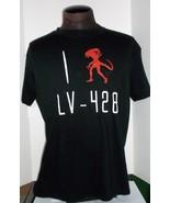 Famous Monsters Shock Box Aliens I Heart LV-428 Large Short Sleeve T-Shi... - $21.95