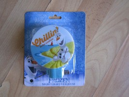 DISNEY FROZEN OLAF PLUG IN NIGHT LIGHT CHILLIN IN THE SUNSHINE - $3.92