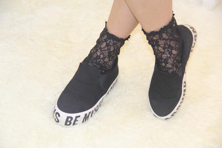 Women Sexy Lace Socks Vintage Ankle Kawaii Socks for Girls Transparent Socks