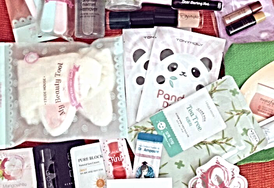 Primary image for Korean Skincare Samples Best of Korean K-Beauty Skincare Bag Surprise Pack