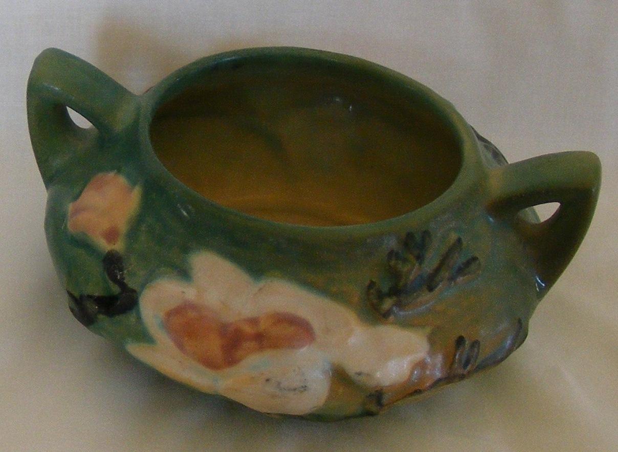 Roseville Magnolia open sugar bowl green 4-S