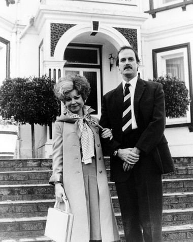 Fawlty towers poster 24x36