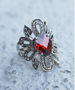 HOLIDAY CLEARANCE SALE! Siam Red Stone Arabesque Style Petals and Gray M... - $14.95