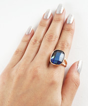 Mod Rose Gold Plated Single Rounded Square Blue Crystal Fashion Ring - $15.00