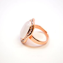 Rose Gold Plated Single Pearl with Swarovski Element Crystal Border Fashion Ring image 5