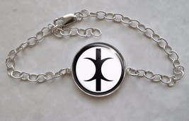 925 Sterling Silver Adjustable Bracelet Hand of Eris Discordianism - $40.00+