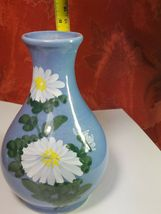 VINTAGE HANDPAINTED WHITE FLOWERS ON BLUE VASE MADE EXCLUSIVELY FOR WOOLWORTH'S image 8