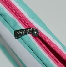 VIV and Lou M230VLSKY Color Mint Hot Pink White Cosmetic Bag image 3