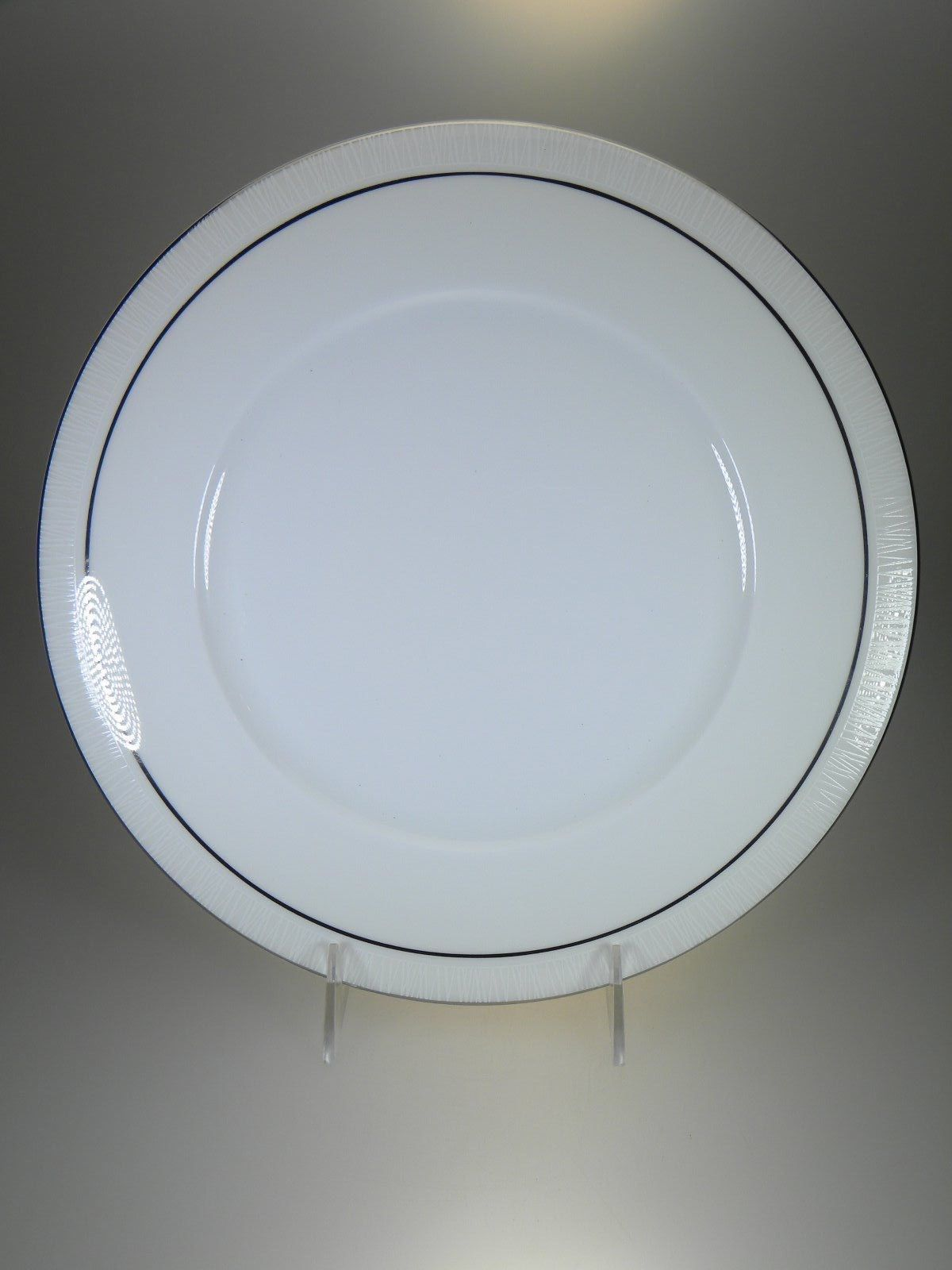 Vera Wang By Wedgwood Modern Graphic Dinner Plate NEW WITH TAGS Made in UK