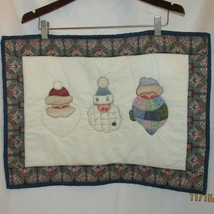 Vtg Quilted Fabric WALL Hanging Decor Santas Cl... - $20.00
