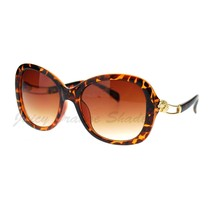 Women's Fashion Sunglasses Designer Wavy Curved Temple - $9.95