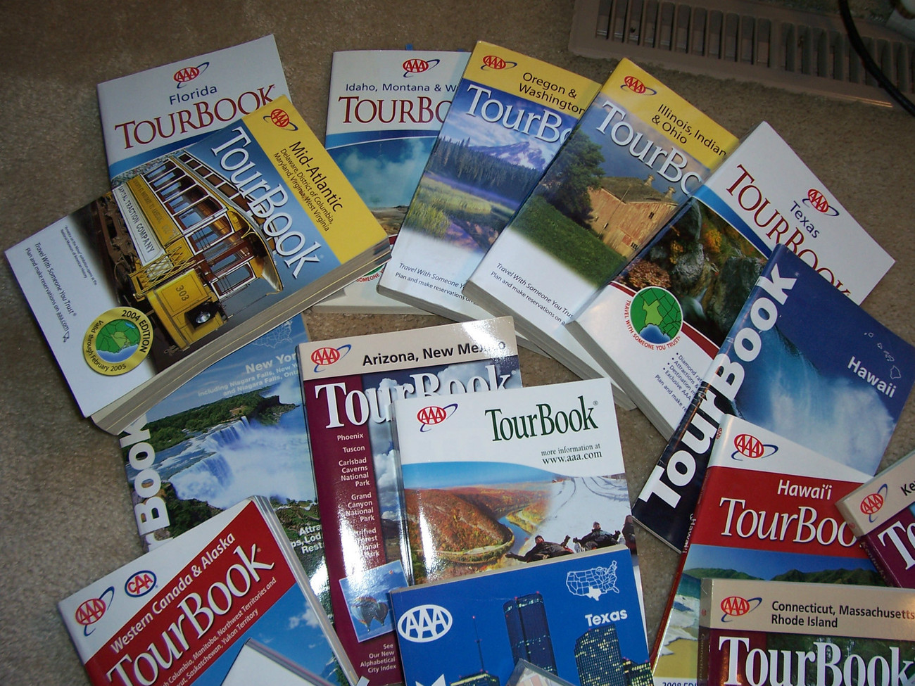 Primary image for AAA Tourbooks Great Teachers Resource or useful for travel  Great Pictures.