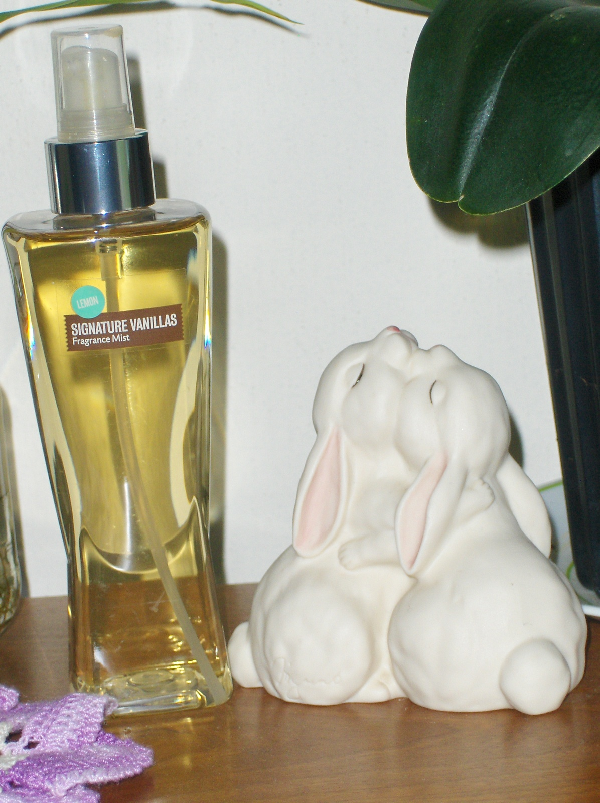 Bath & Body Works Lemon Signature Vanillas Fragrance Mist 8 oz Signature Splash