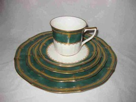 Neat Set Of 5 NORITAKE Ivory China Solemn Emerald Plate Cup Saucer - $105.29