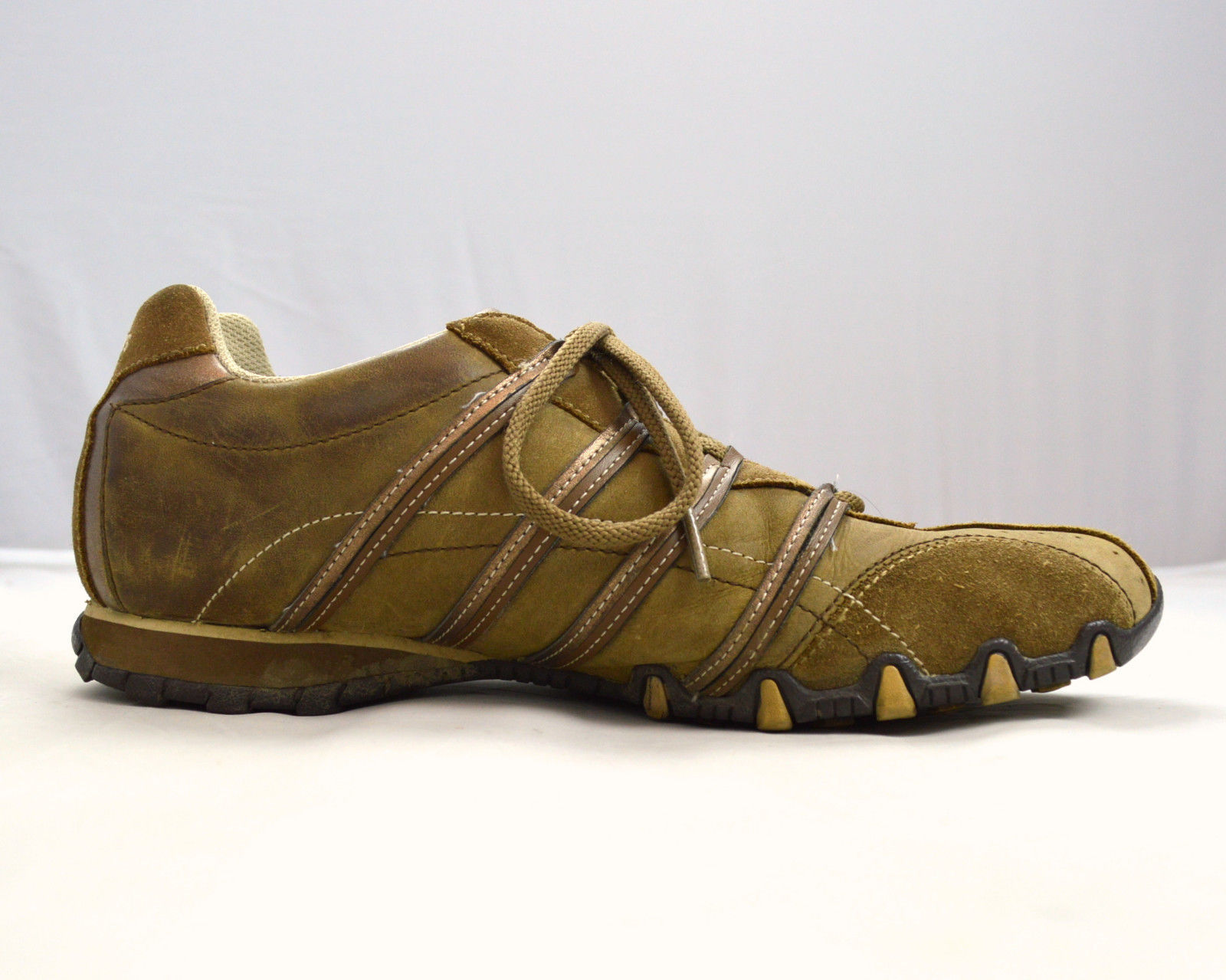 brown leather suede skechers sporty athletic running