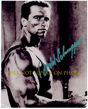 Arnold Schwarzenegger Signed Autographed Photo w/ Certificate Of Authenticity 72 - $125.00