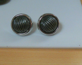 Vintage Napier Silver-tone Ribbed Dome Screwback Clip-on Earrings Patent... - $34.65
