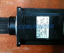 SGM-04V312 Yaskawa servo motor 90 days warranty - $363.85