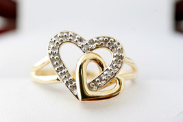 Ladies Genuine 10K Yellow Gold Diamond Heart Ring SIZE 6.5 - £127.14 GBP