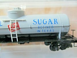 Micro-Trains # 06500196 Imperial Sugar 39' Single Dome Tank Car N-Scale image 3