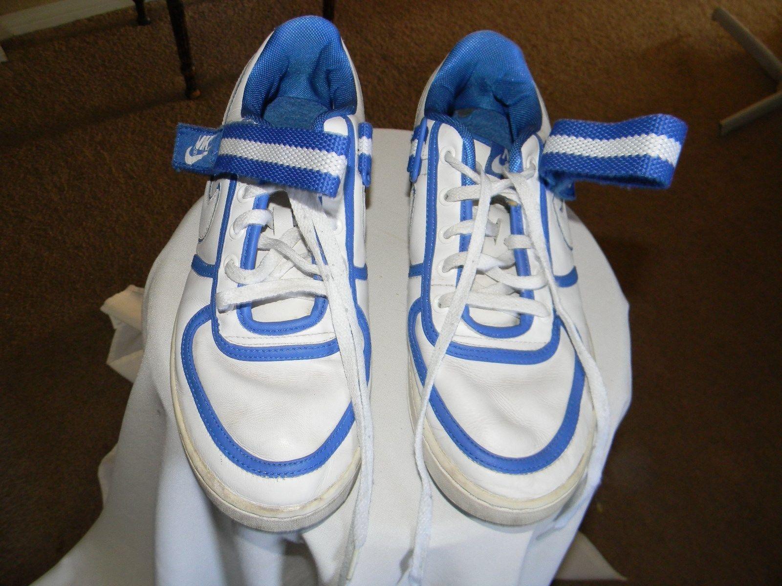 nike men's swoosh size 9.5  2007   316435-111