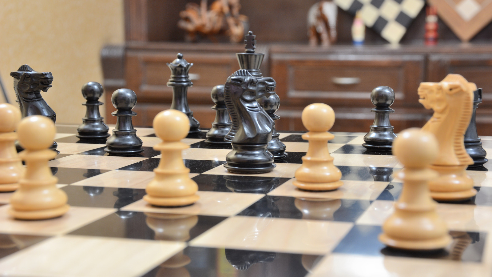 """The Staunton Weighted Wooden Chess Pieces In Ebony/Box Wood-3.0"""" King-SKU: M0010"""